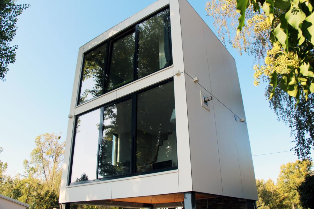 Hochwasserfestes CUBE – Design Gartenhaus auf 2 Etagen am Eicher See in Hamm