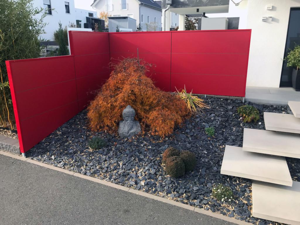 Knalliger BLICKFANG – Design Sichtschutz in Höchstadt