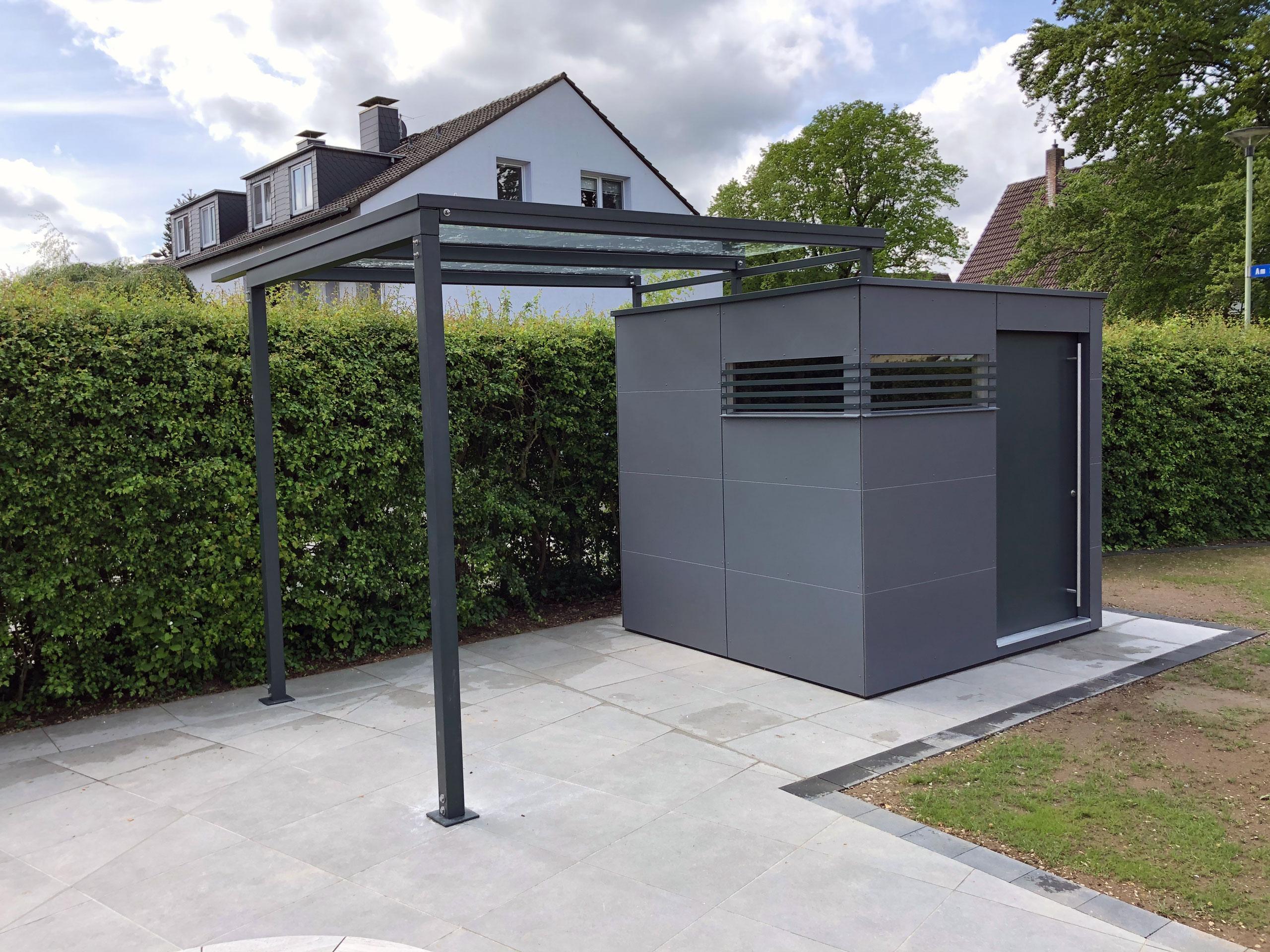 Exklusives CUBE – Design Gartenhaus mit Terrassendach in Hagen