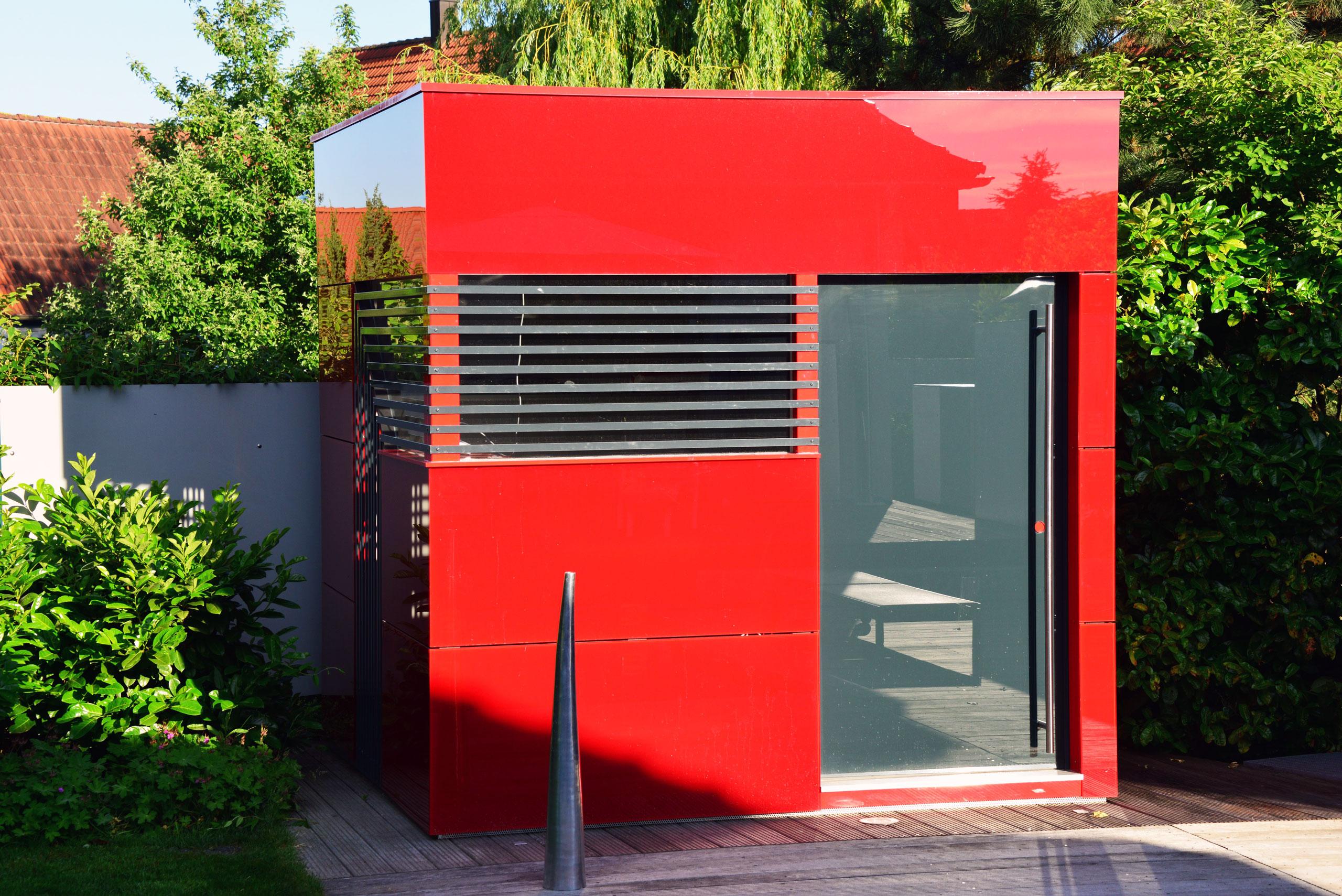 Referenz 97353 Wiesentheid | GarDomo | CUBE Design Poolhaus 001